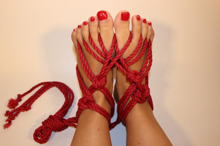 bondage-feet